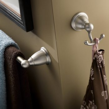 BATH-ACC_Brantford-robe-and-towel-brushed-nickel-500x525